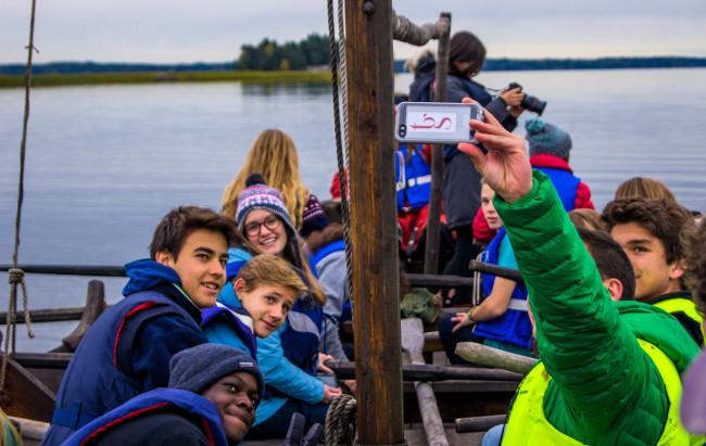 Think Global School lär sig om vikingar. Foto: TGS